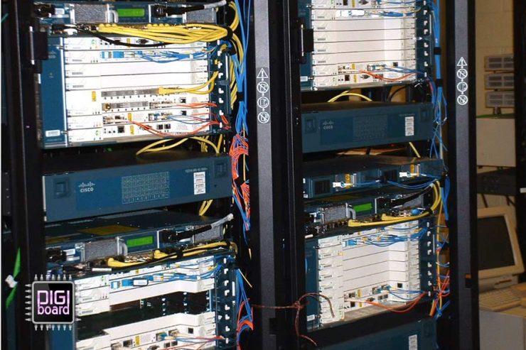 تعمیر-و-عیب-یابی-سرور-و-تجهیزات-شبکه-Network(الکترونیکی)تعمیر-و-عیب-یابی-سرور-و-تجهیزات-شبکه-Network(الکترونیکی)