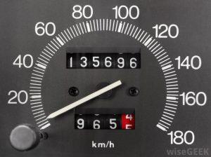 کیلومتر شمار خودرو قدیمی